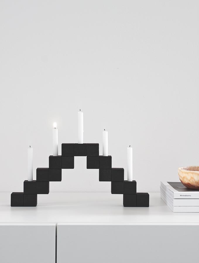 Kerzenbogen aus Holwürfeln