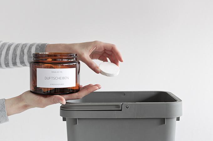 Selbstgemachte Duftscheiben für den Mülleimer