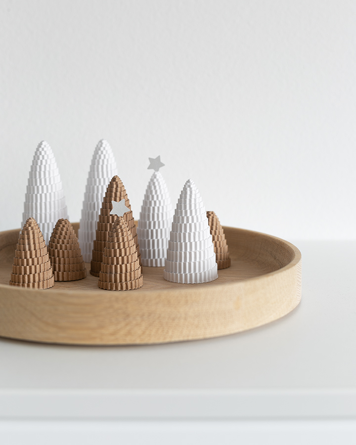 Tannenbäumchen aus Wellpappe